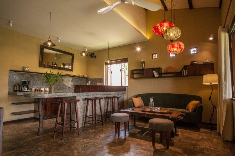 Meditation Retreat Vietnam - Write Your Journey: An Villa Boutique Resort Hoi An, Living Area and Kitchen of the Apartment