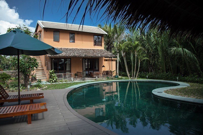 Vietnam Writing Retreat - Write Your Journey: Pool at An Villa in Hoi An, where we hold our Writing Retreats.